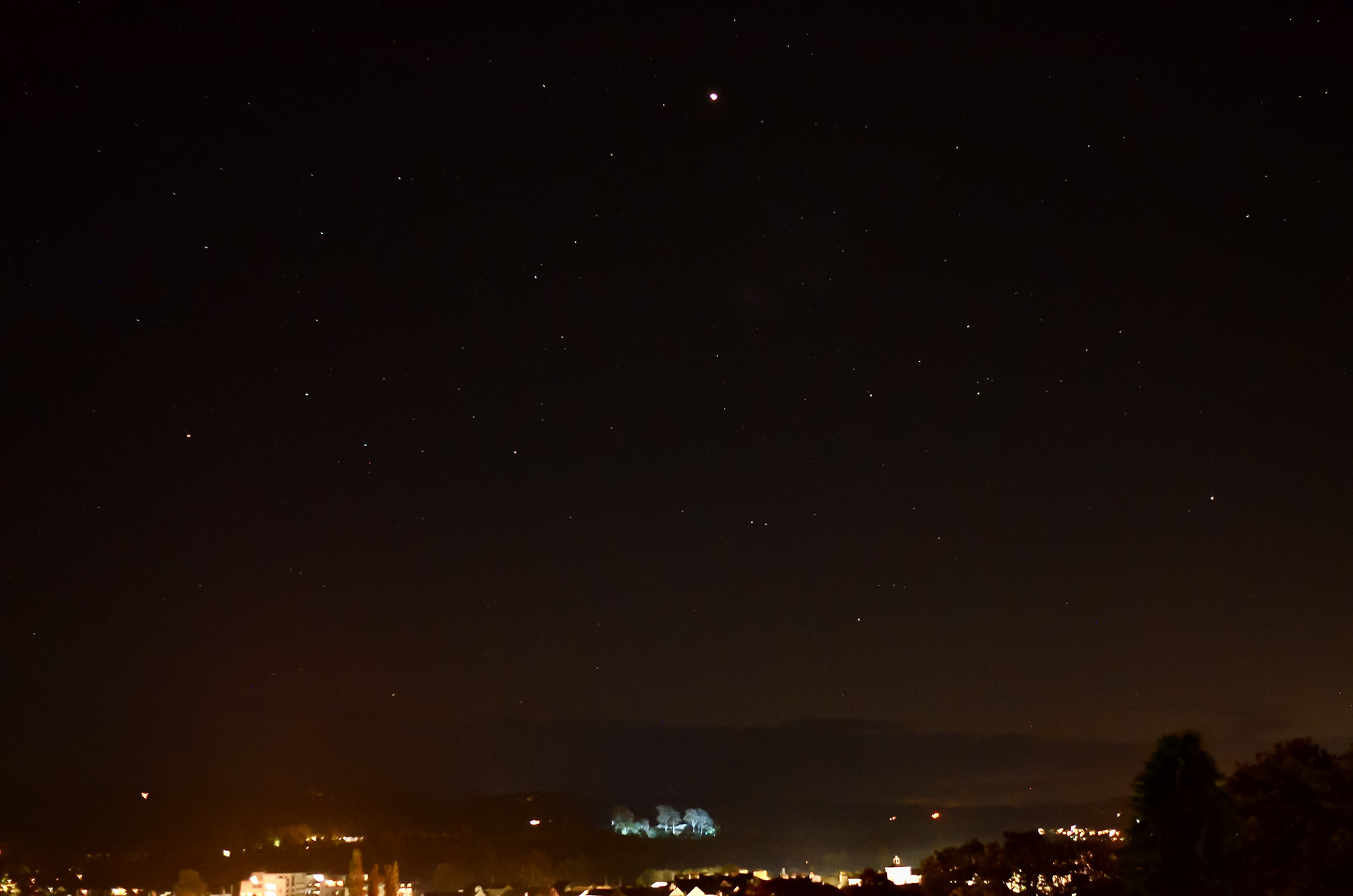 Mars high above Kendal Castle, from Queens Road. 12th October, 22:13hrs, 24mm, 1.6sec, f2.8, iso 1600